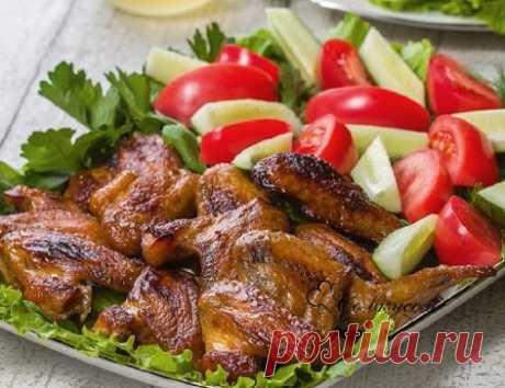 Крылья индейки в духовке – 8 рецептов в фольге, рукаве (фото)