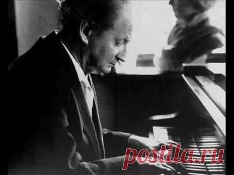 Kempff plays Schubert Impromptu op.90 (D 899) no.3 - YouTube