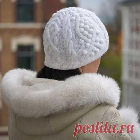 Как связать шапку с косами и аранами