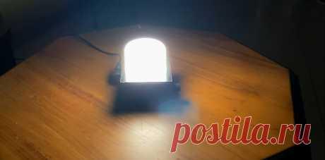 Прикроватная лампа с лампочкой накаливания 12В/20Вт Приветствую всех любителей помастерить, предлагаю к рассмотрению инструкцию по изготовлению небольшого светильника на 12В. Самоделка светит довольно ярко, источником света является лампочка накаливания на 12В, яркость самоделки можно регулировать диммером. В принципе, света самоделки будет