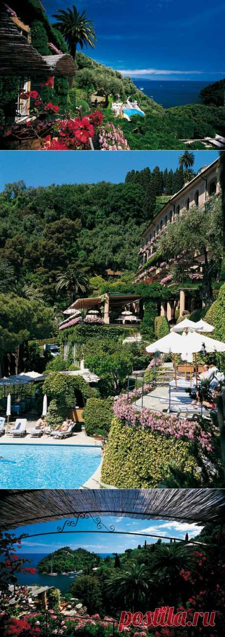 Italy is magnificent and magnificent in itself, but if you want the best of the best, go to Portofino, one of the most exclusive resorts Liguriyska Rivyery, and also one of the most beautiful places of Italy. Portofino, Italy