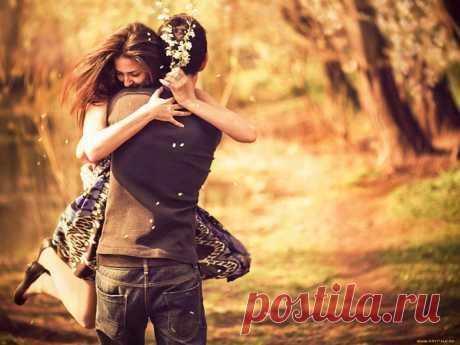 Случается иногда, что жизнь разводит двух людей-только для того, чтобы показать обоим, как они важны друг для друга...