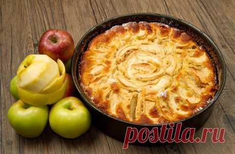 Осень — яблочный сезон. Самое время для ароматной, горячей, вкуснейшей шарлотки! — Фактор Вкуса