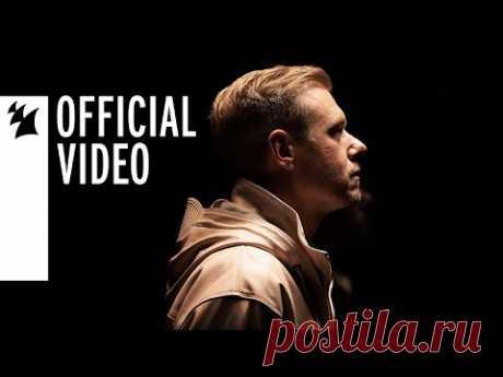 Скачать клип Armin van Buuren feat. Duncan Laurence - Feel Something бесплатно