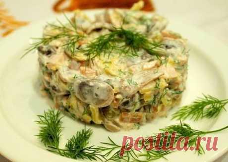 Салат с курицей и грибами - рецепт с фото / Простые рецепты