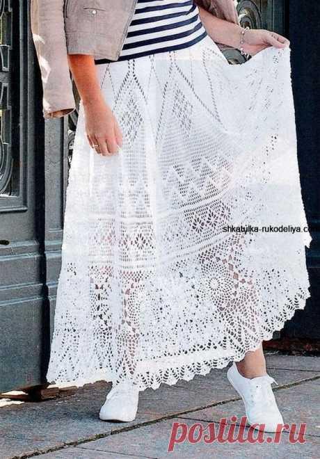 Длинная юбка крючком с описанием Попалась на глаза такая шикарная юбка. Может и вам захочется связать себе такую красоту. Источник находки: https://shkatulka-rukodeliya.com/vyazanie-kryuchko...