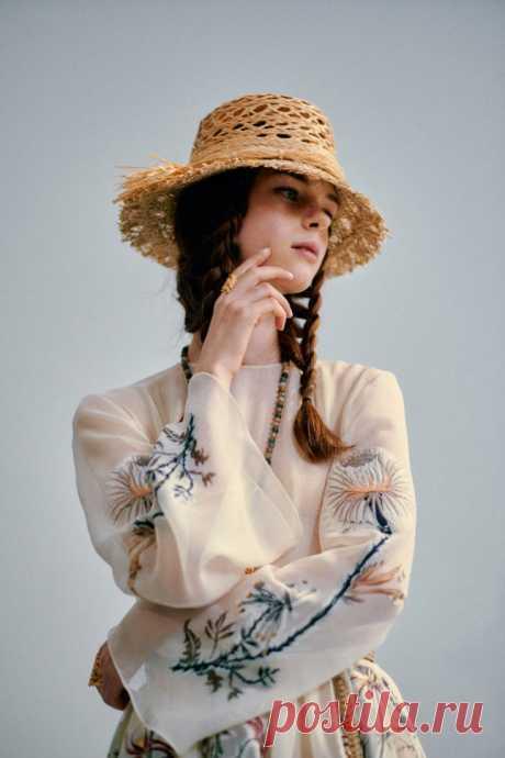 Косички от Dior 2020