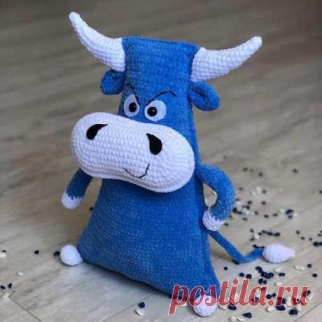 1000 схем амигуруми на русском: Подушка-игрушка бык