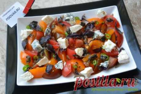 Салат из помидор сыра и базилика