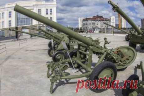 Рассказы об оружии. 160-мм дивизионный миномёт М-160 образца 1949 года  Странно все-таки устроен человеческий мозг. Стоит в какой-либо статье упомянуть имя Сталина, как сразу начинается спор о личности этого человека и его роли в истории СССР и мира вообще. При этом сове…