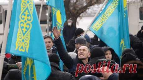 Почему в Казахстане полностью запрещают русский язык, на котором говорят миллионы граждан страны? - Новости Mail.ru