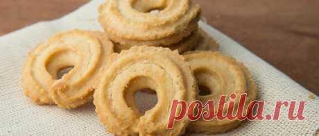Biscoitos amanteigados | Site Oficial Ana Maria Braga Veja como fazer esses deliciosos biscoitos amanteigados da Ana Maria Braga. Ótimo para servir para os amigos ou fazer e vender.