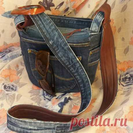Сумка джинсовая ручной работы