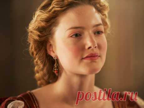 Прекрасная Лукреция Борджиа: как дочь папы римского стала главной грешницей эпохи | Marie Claire