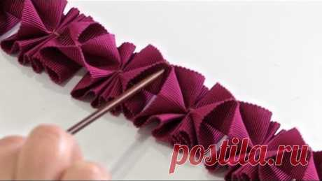 How to Make Pleated Trim from Petersham