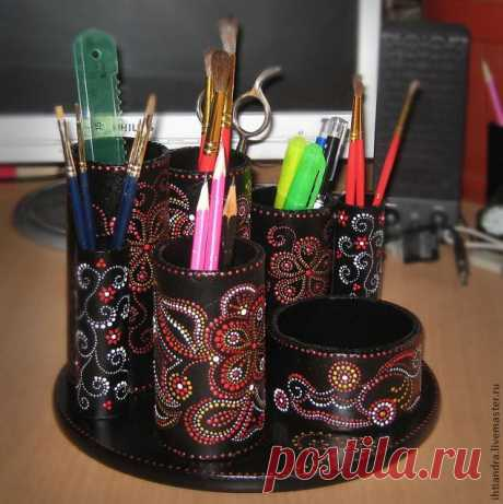 Wonderful organizer which you will easily make as a gift to yourself or the relatives