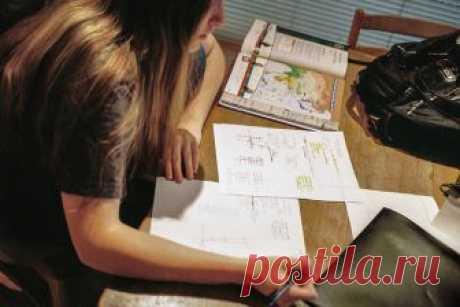 Как заставить ребенка учить уроки » Notagram.ru Что делать если ребенок не хочет учить уроки. Как заставить ребенка делать домашнее задание. На что обратить внимание, если ребенок не хочет учить уроки.