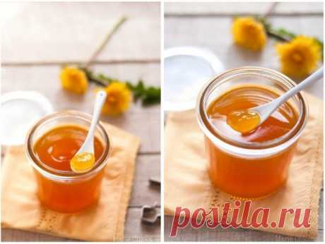Мед из одуванчиков     Вы обязаны это попробовать!           Ингредиенты:  400 гр цветков одуванчика 1 кг сахара сок 1\2 лимона 2 стакана воды  Приготовление:  Варим сироп из 1 кг сахара и 2 стаканов воды. Головки одува…