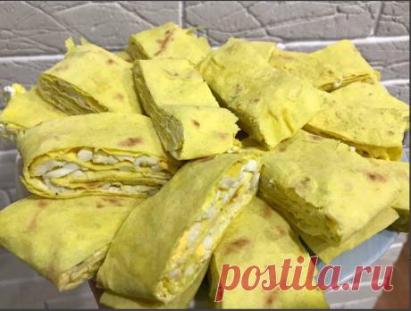 Сырный лаваш с яйцом и творожным сыром