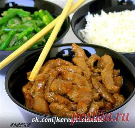 Фасоль с мясом по- корейски  Ингредиенты: Мясо телятина 300 гр Зеленая длинная фасоль 250 гр Показать полностью…