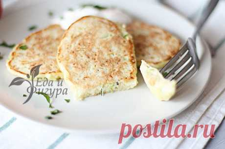 Кабачковые оладьи с сыром: вкусная закуска - Еда и Фигура