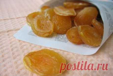 Лакомство из абрикосов и персиков Они настолько вкусные, что просто невозможно оторваться: цукаты обладают изумительным вкусом свежих фруктов и ароматом.