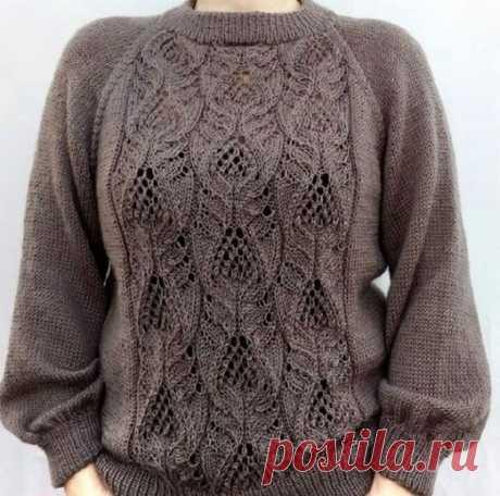 Вяжем стильный свитер спицами