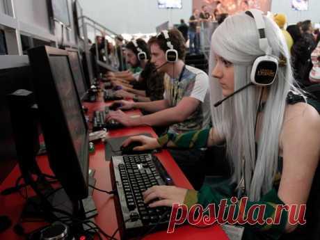 Как зарабатывать на стримах: зарабатываем на Twitch | Kopiraitery.ru