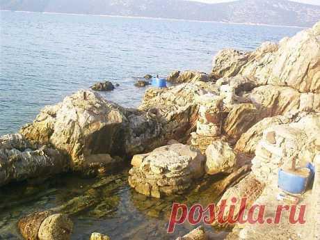 Отличное чистейшее море. Место для купания и рыбалки