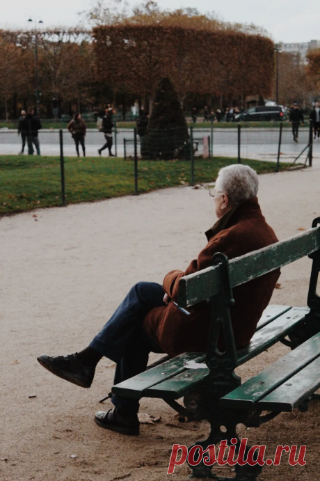 Уход за лицом. Почему мужчины и женщины сегодня не думают о том, с кем будут встречать старость?