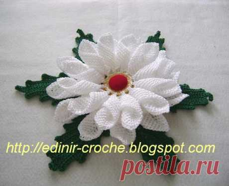 Beautiful flower hook (Knitted flowers) | Inspiration of the Needlewoman Magazine