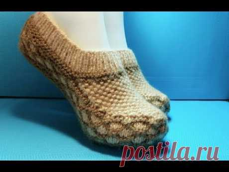 Knitting by spokes #207 House-shoes