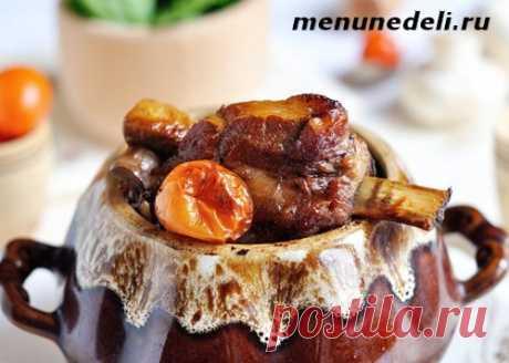 Свиные ребра, тушенные с овощами - рецепт с пошаговыми фото / Меню недели
