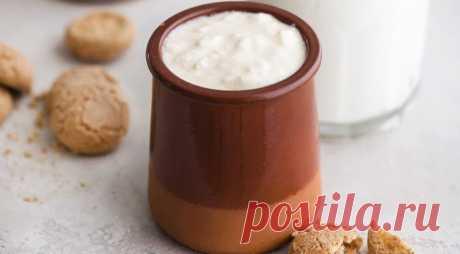 Домашний варенец - ПУТЕШЕСТВУЙ ПО САЙТУ. Готовится варенец достаточно долго, но и хранится несколько дней. А главное – это абсолютно натуральный продукт из свежайшего молока и деревенской сметаны. К холодному варенцу хорошо подать сдобу, печенье или теплый, с хрустящей корочкой, хлеб – будет очень вкусно! ИНГРЕДИЕНТЫ 1 л свежего илинестерилизованного коровьего молока 1 ст. л. деревенской …