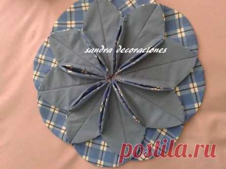 Подушки с орнаментом из круглых лоскутов — Рукоделие