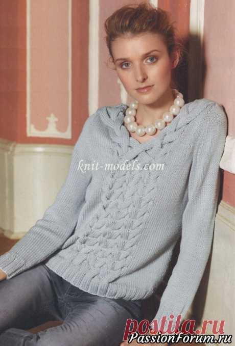 Пуловер с плетеными косами