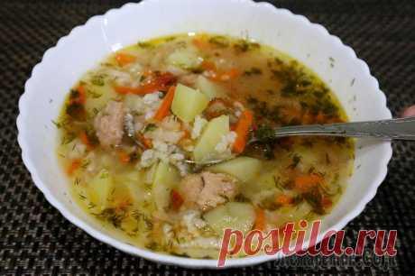 Суп из тунца за 30 минут Обожаю этот легкий и вкусный суп из консервированного тунца и помидор. Всего полчаса и первое блюдо готово. Этот рецепт часто меня выручает когда времени совсем нет, а нужно что-то быстро приготовить....