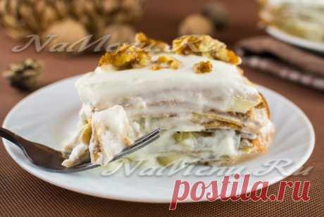 Торт из ореховых блинчиков со сметанным кремом