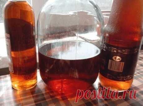 Домашний коньяк 🤗🏻  Ингредиенты:  Водка — 3 л Чернослив — 6 шт. Гвоздика — 10 шт. Сахар — 100 г Сухая заварка чая — 2 ст. л. Ванилин — 1 пакетик