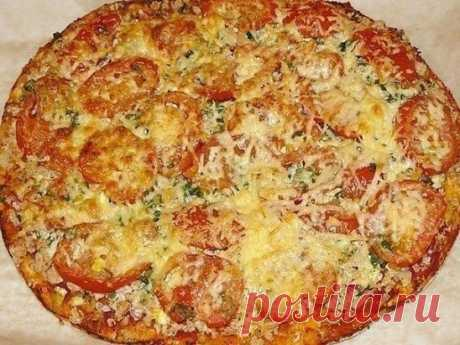 9 РЕЦЕПТОВ ДЛЯ ЛЮБИТЕЛЕЙ ПИЦЦЫ  1. Пицца с вкусным краешком  ИНГРЕДИЕНТЫ: 150 мл тёплой воды 0.5 ч.л. сахара 0.5 ч.л. соли 2 ст. ложки оливкового или растительного масла 8 г сухих дрожжей (1 ч.л) 1.5 ст. муки  ПРИГОТОВЛЕНИЕ: Сахар размешать в воде, добавить дрожжи и поставить в теплое место минут на 10. Муку просеять, добавить соль, масло и подготовленные дрожжи, хорошо вымесить тесто, сформировать колобок , положить в миску, накрыть пленкой, убрать в теплое место, пока не ув