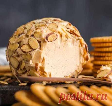 Сырный шар в панировке из орешков. | О вкусной еде