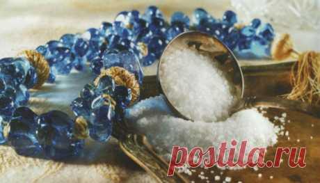 Как защититься от сглаза и порчи при помощи соли?