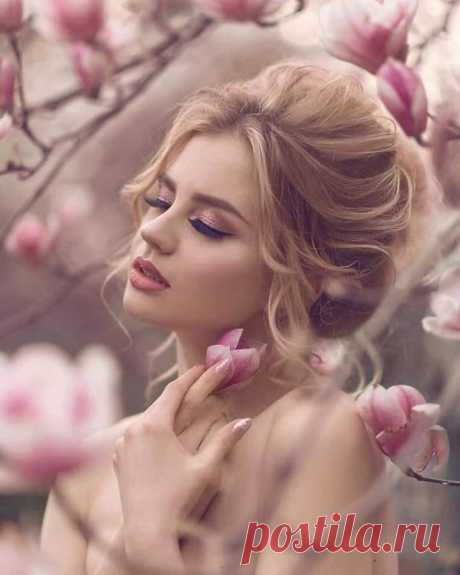 ✦०•✦०•--True love is, when everything in the world is going wrong,  all you have to do is look at that special person and suddenly,  everything in the world is right again!✦०•✦०•--  - Anonymous ✦०•✦०•--