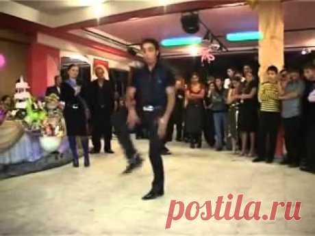 Вот как зажигать надо  ! Веселый цыганский танец !