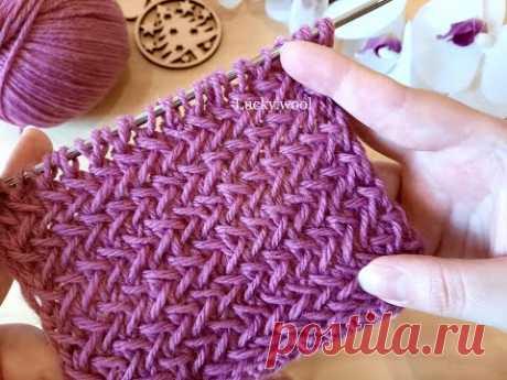 Плетеный, легкий узор спицами. Отлично для кардигана или пальто.