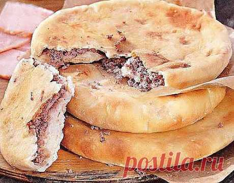 Лобиани -лепешка с фасолью 