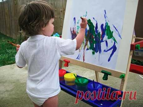 We raise the artist. Or at what age it is necessary to teach the child to draw?