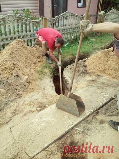 Как подвести воду к дому без экскаватора и команды землекопов   Мастер-класс своими руками