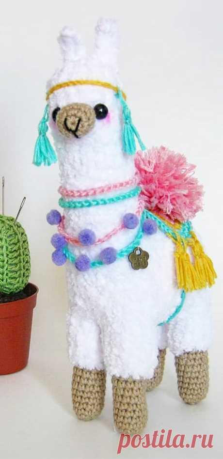 PDF Лама крючком. FREE crochet pattern; Аmigurumi animal patterns. Амигуруми схемы и описания на русском. Вязаные игрушки и поделки своими руками  #amimore - Лама из плюшевой пряжи, плюшевая лама.