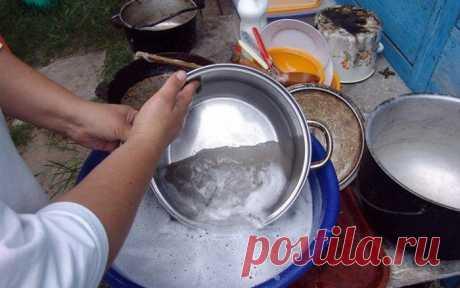Даже старые бабушкины сковородки сверкают чистотой! Лучшее средство! Сложно поверить, но даже старые советские сковородки и кастрюли могут выглядеть очень красиво, будто только что из магазина! При этом вам не придется